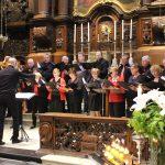 Het koor tijdens het optreden in de kerk van O.L.V. Hospitaal
